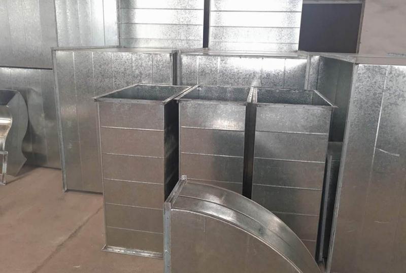 不锈钢风管加工厂:管路温度湿度感应器在通风管道中的运用